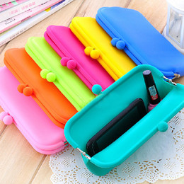 Wholesale Large super popular candy colored rainbow silicone phone package zero Miss Qian Bao Korean cute cosmetic bags