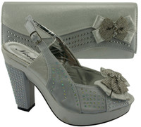 High quality Ladies' wedding dress shoes with matching evening bag in