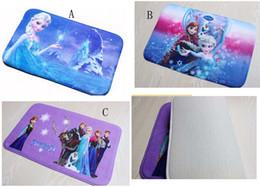 Wholesale frozen mat Bathroom Coral velvet mats super absorbent doormat snow carpet Romance cartoon non slip mat cm