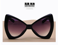 PC Fashion Cat Eye Wholesale -- 2014 three-dimensional bow style sun glasses oversized sunglasses
