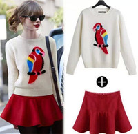 Women Pullover Crew Neck Retail! European station boutique women clothing 2014 autumn fashion round collar parrot long sleeve sweater+fillibeg women sets MA607