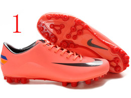 Wholesale Nike hot selling adult soccer shoes soccer shoes carbon base