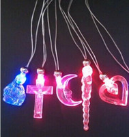 Wholesale New Arrival LED Glow Necklace Flash Crystal Pendant For Kids Game Toys Birthday Christmas Toy Supplies