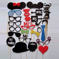 Wholesale New Arrival Designs Funny Photo booth props with lips moustaches glasses and sticks fashion for wedding Decorations tools wholesales