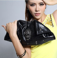 Clutch Bags Women Plain Fashion Day Clutch Designer Shoulder Women Bags Skull Clutch Crossbody Punk Brand Handbags For Girls with Chain HM12