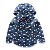 Tench coats Boy other Korean children coat girls clothes baby boy Polka Dot paragraph hooded jacket Autumn 2014 new children's clothing