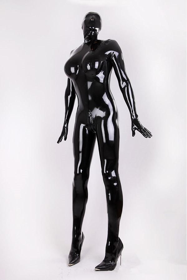 Rubber latex suit