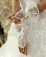 Wholesale 2014 Hot Sale Net Fingerless Sheer Bridal Gloves Hand Made Flowers Wedding Accessory Gloves G03