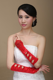Wholesale 2015 Best Selling Cheap Red Bridal Gloves Fingerless Wrist Elegant Crepe With Exquisite Bows Appliques and Delicate Beads Bridal Gloves