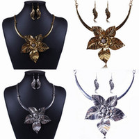 Wholesale Retro Women Rhinestone Necklace Earring Set Lady Jewelry Necklace Eardrop For Party Style Choose TL9343