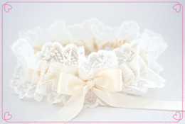 Wholesale Hot Sexy Cheap Bridal Garters Stunning Lace and Satin Elegant Wedding Acccessories Stockings L01
