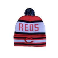 Rojos Gorros Marca de béisbol del equipo Sombreros Top Pom Pom Gorros para hombres y mujeres baratos Cráneo Gorras Vintage Bobble Invierno Cap Moda Sombreros en Venta
