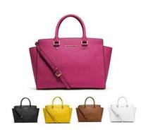 Clearance Handbags & Purses | ALDOShoes.com