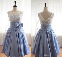 Elegant Scoop Satin Lace Homecoming Dresses Cheap!!Vintage Poland Style Tea Length With Lace Bow Short Prom Party Dresses