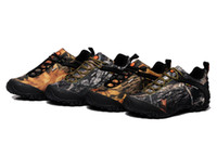 Wholesale New Season Hiking Outdoor Shoes Merrelll Camouflage Color Winter Trekking Shoes Gore Tex Material Snow Boots styles Mix Order size