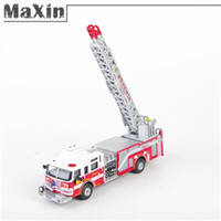 Cheap Collectable 1:87 2005 Quint Pierce USA Bohemia Diecast Fire Truck Model Toy Vehicles Red SV with Retail Box
