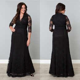 Wholesale Hot Sale Popular Black Lace Plus Size special Ocaasion Mother Dress With long sleeves A Line V Neck Ruched Sash Formal Evening Gown