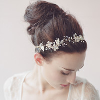 Wholesale Pearl Weding Hairband Clearly Crystals Handmade Flowers Leaves Wedding Accessories Gold Straps Bridal Hair Accessories Hair Jewelry