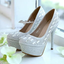 Wholesale Silver Prom Party Shoes Beaded Crystal Shoes Romantic Flowers Lace Wedding Shoes Rhinestone Wedding Heels Wedding Accessories