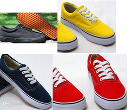 Size 35-45 New Brand Fashion Women Flats Shoes Sneakers Women and Men one for one Canvas Shoes loafers casual shoes