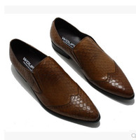Cheap British business pointed snake skin breathable men dress shoes