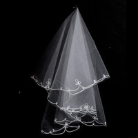 Wholesale 2015 Vintage Wedding Accessory Bridal Veils Two Layers Tulle Summer Fall Autumn Bride Veil Cheap USD In Stock