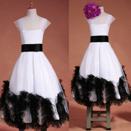 Wholesale 2014 White And Black Junior Bridesmaid Dresses Appliques Tulle Organza Backless Full Length Glitz Girls Pageant Dress SU30