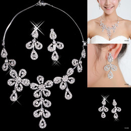 Wholesale Cheap Flower Wedding Bridal Jewelry For Prom Party Dresses Rhinestone Earring Necklace Sets Stunning Bridal Accessories