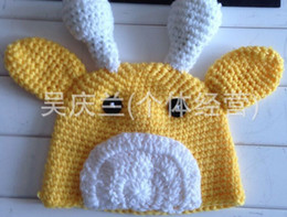 Wholesale New Crochet Newborn Baby boys girls Costume Infant Knit yellow animal giraffe cartoon cap caps hat hats Photo Props photography ZX7