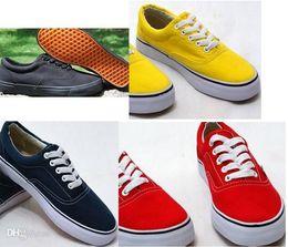 Descuento altos tops hombres 45 2014 Envío de la gota size35-45 Los nuevos zapatos de lona de los hombres adultos de la Alto-Tapa de la Alto-Tapa unisex 13 colores ataron encima de los zapatos de la zapatilla de deporte de los zapatos ocasionales