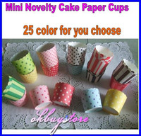 Wholesale Large MUFFIN paper cups Stripe and Dot Paper CUPCAKE CASES in color PVC Bucket