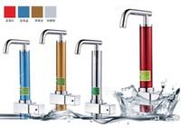 Chauffe-eau instantané électrique 3000W instantanée / électrique sans réservoir d'eau chaude Robinets / Robinets