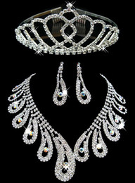 Wholesale Free Gift Hot Sale Peacock Tail Designs Crystal Rhinestone Necklace Earrings Fashion Wedding Accessories