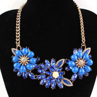 Wholesale High quality luxury statement necklace temperament metal chain bright flowers and Rhinestone Pendant Necklaces color mixing 122