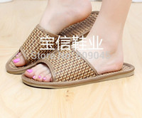 Wholesale Lovers sandals summer flat slippers Bamboo cane straw slippers Pure natural tropical royal cane slippers at home TX15 cs