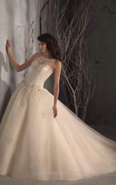 Wholesale 4 dresses veils petticoat for nouritamemadel USD1050