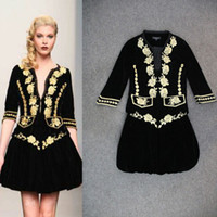 Cheap New Arrival 2014 Autumn Women's Sexy V Neck Embroidery Flowers Jackets with velvet Skirts Fashion Runway Twinset