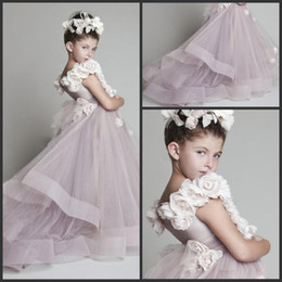 Handmade Flowers Little Angle Ball Gown Flower Girls' Dresses Cheap Tulle Strapless Princess Kid Wedding Party Gown Pageant Dress For Girls