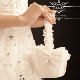 Wholesale Pure White Pretty Girl Boy Flower Basket For Wedding Handmade Wedding Ceremony Party Favors Supplies High Quality Bow Ornament Flower ZC