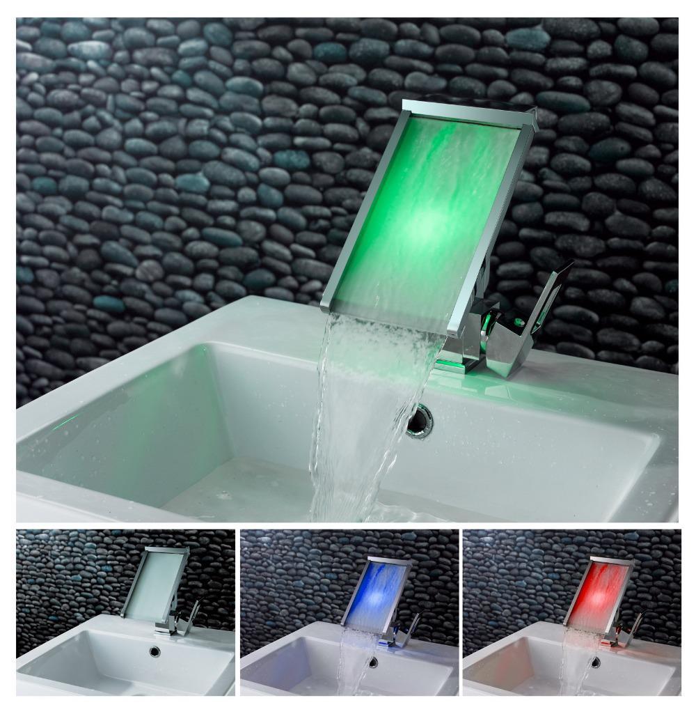 Смеситель с подсветкой воды 6 фотография