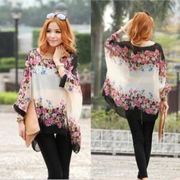 Wholesale Autumn Bohemian Style Women Oversized Dolman Blouses Lady Batwing Sleeve Floral Pattern Chiffon Shirt Tops Female Blouse L XL SV000785