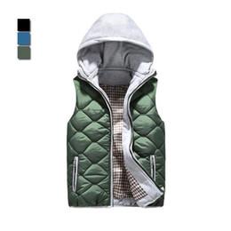 Wholesale Factory direct selling Men korean hooded waistcoat fashion casual cotton vest male sleeveless jacket winter clothing WM0003 salebags