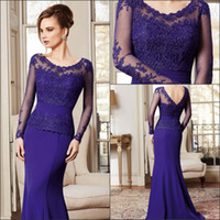Wholesale 2014 Vintage Mother of the Groom Dresses Long Sleeve Scoop Neckline Sweep Train Lace and Taffeta Navy Blue Mum s Gowns Elegant
