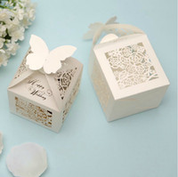 paper bags - 2015 Wedding Favor Holders Creative Pairs Ceremony Gift Box Candy Chocolate Bag Hollow Paper Packing Bags Printing High Quality