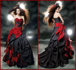 Black And Red Gothic Wedding Dresses 2018 Vintage Court Style Sweetheart Ruffle Taffeta Floor Length Big Bow Sexy Corset Bridal Gowns