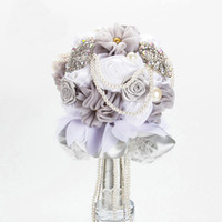 Wholesale Virgo Artificial Wedding Bouquet Luxury Lace Satin Rose Flower Pearl Crystal Wedding Favors Silver Table Decorations Bridal Bouqet Colors