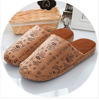 Wholesale Winter cotton slippers for women sale indoor wood floor cute cartoon men antiskid household slippers