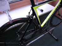 Wholesale 953 glossy Black Yellow Fluo carbon road bike frames Carbon fiber bicycle frame T1000 K or k available color bob