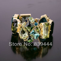 Wholesale Hot Sales New Fashion Jewelry Large Clear Crystal Bracelet