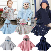 baby winter - England Fashion Unisex Baby Cloak Two Side Hooded Batwing Coat Infant Baby Cape Outerwear Cute Jackets Kids Winter Spring Autumn SV007696